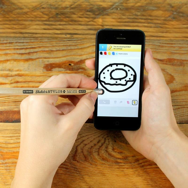 This Sketch Stylus is ideal for sketching and writing on touch screen devices such as iPads and iPhones.