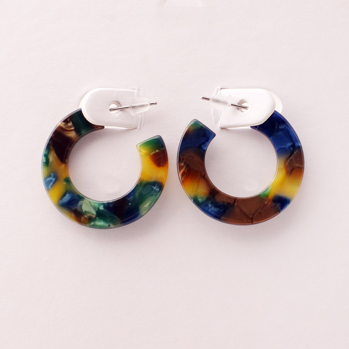 multicoloured small resin hoops