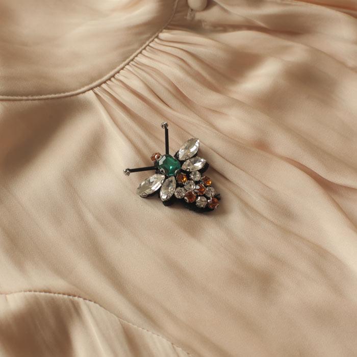 sixton-diamante-bee-pin