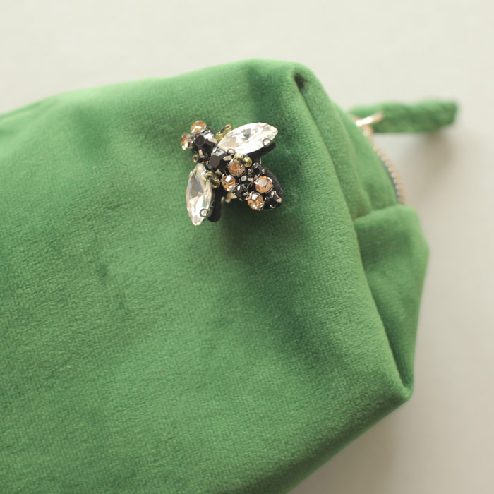 Sixton Sparkly Bee Pin