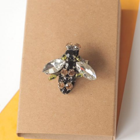 sixton-diamante-bee-brooch