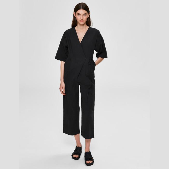 black-summer-jumpsuit