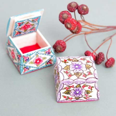 Bone Pill Box from Turkey - Buy Online UK