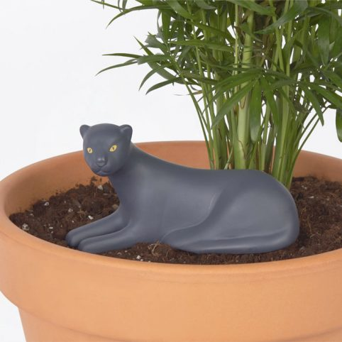 DOIY Panther Watering System