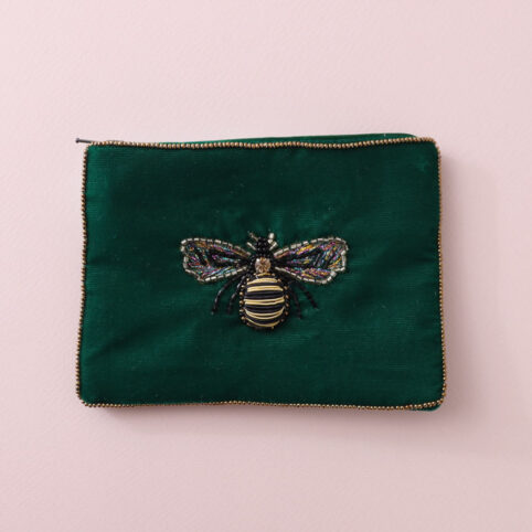 Velvet Bee Purse in Green with a hand-sewn Bee in the middle. An ideal size for coins, cards or jewelery. Buy online UK