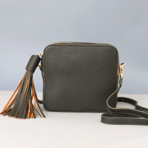 Detachable Strap Cross Body Bag - great colour and can change the straps so really versatile. For sale online UK